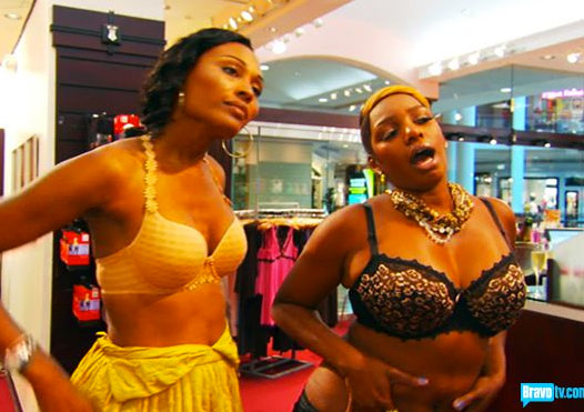Nene-and-Cynthia-go-bra-shopping