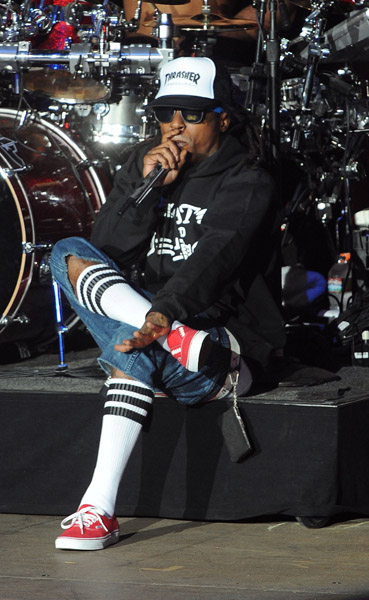 lil waynes style shoes glasses clothing etc page 446