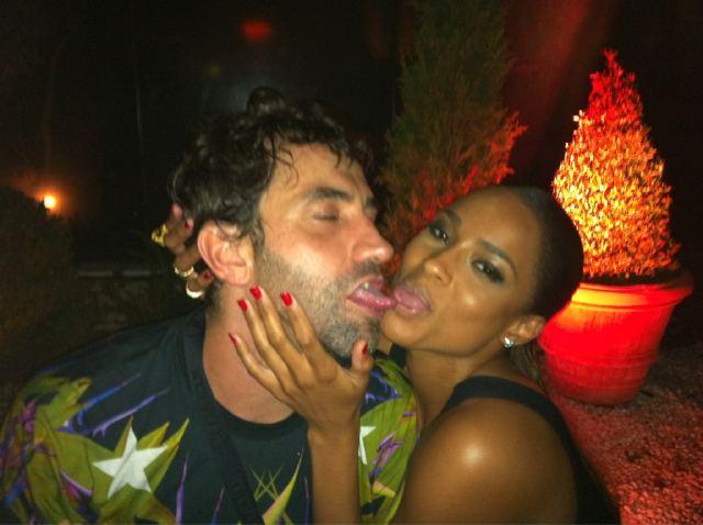 Ebony Girls Tongue Kissing