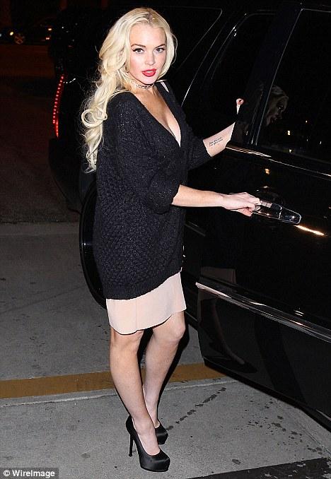 karla alvarez nude: Lindsay Lohan Plea Deal