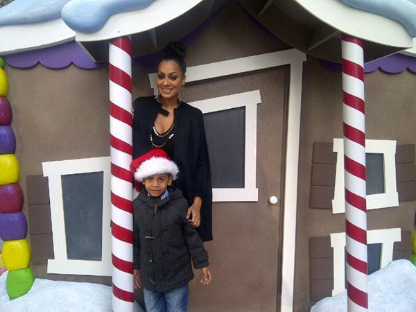 Holiday Stuntin' :: Diggy Simmons & Santa, Lala Poses With