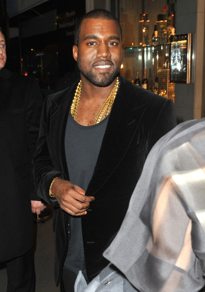 Kanye West And His Gold Chains Dine With Friends In Paris