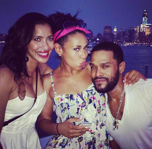 Holiday Leftovers:: Maxwell, Swizz Beats and Rocsi Diaz Party On The Hudson + Keisha Knight Pulliam's Pool Party