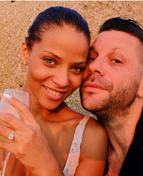 'Single Ladies' Actress Denise Vasi No Longer Single, Gets Engaged in Greece