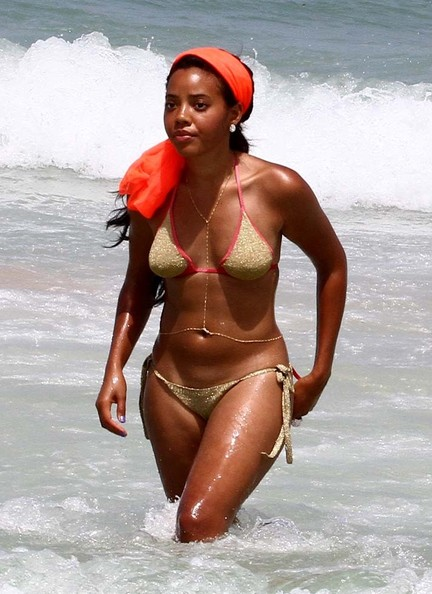 Angela Simmons Brings Body Chain & Bikini to South Beach
