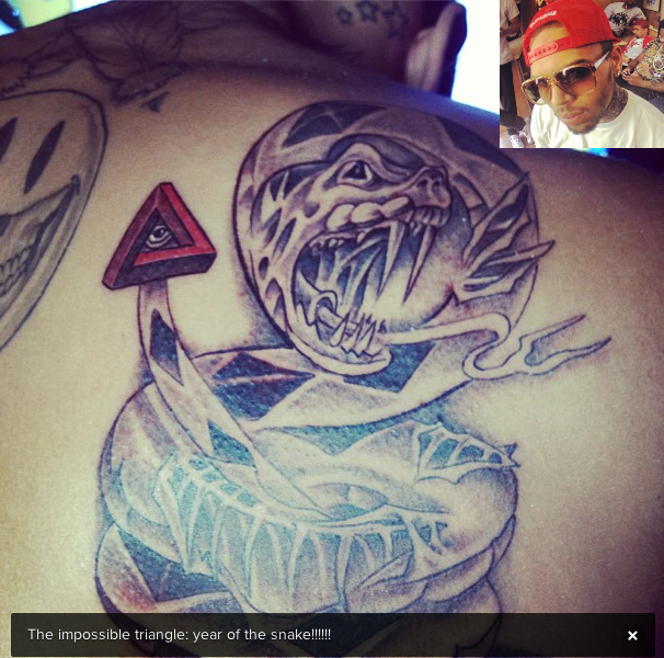 [Photos] Chris Brown Continues to Feed His Ink Addiction