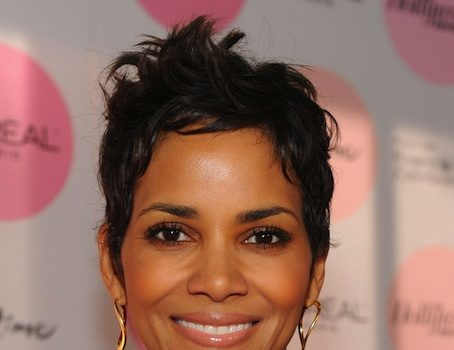 [Updated] Halle Berry Injures Head on Concrete, Rep Releases Statement