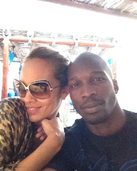 Ochocinco & Evelyn Officially Married + Ocho Live Tweets From Ceremony