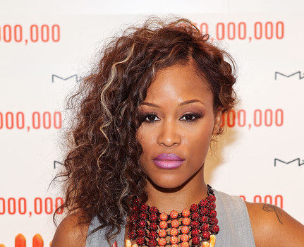 Rapper/Actress Eve Hits DC's MAC Store, Celebrating the MAC AIDS Fund