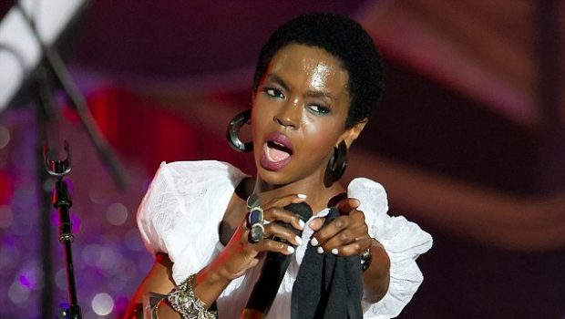 [Video] Lauryn Hill Shows Leg, Surprises Philly Concert-Goers