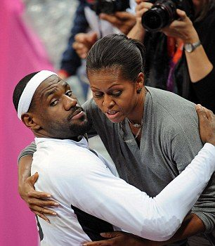 Michelle Obama Hugs Kobe Bryant, Lebron James & Entire Olympics Dream Team