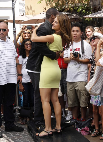 50 Cent Slow Dances With Maria Menounos @ The Grove