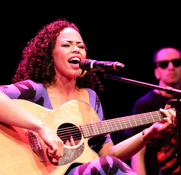 [Video] Elle Varner Talks Music, Rumors That She's Dating Miguel + Stage Swagger