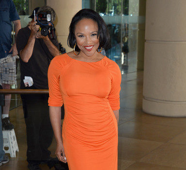 Black Don't Crack : Actress Lynn Whitfield Goes Orange @ TCA's