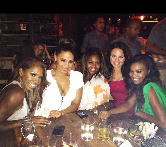 Sanaa Lathan, Gabrielle Union & AJ Johnson Smile & Dine