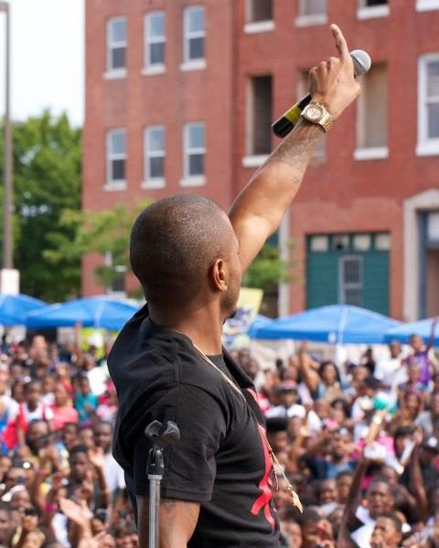 Community Dopeness : Trey Songz & Mario Perform For Baltimore School Kids