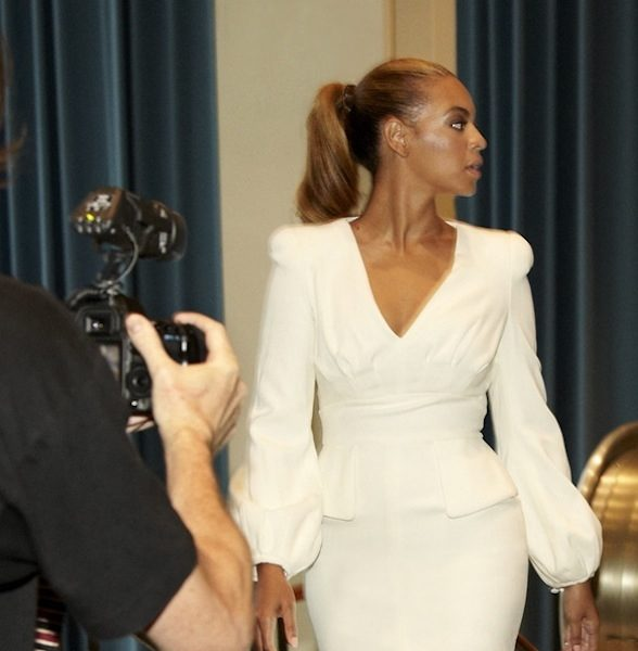 No More Box Braids, Beyonce Gets Chic for United Nations 'I Was Here'