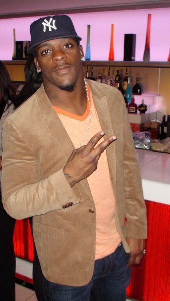 Clinton Portis Posts Retirement Message on Facebook