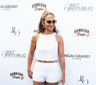 Stylin-On-You-Young-Hoes : Jennifer Lopez Makes 43 With Twins Look Magical