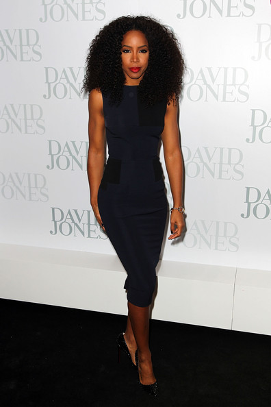 Dressed In All Black Like the Omen, Kelly Rowland Hits David Jones Show