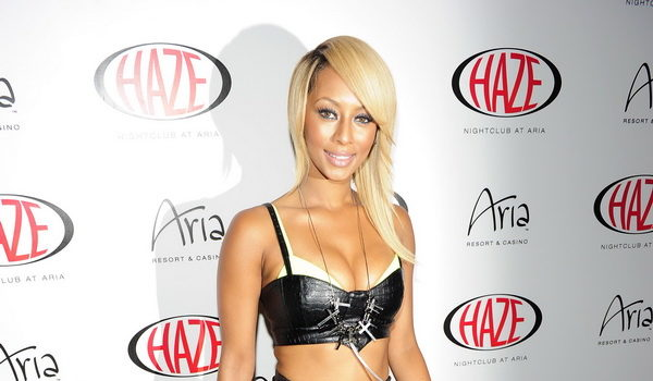 Ovary Hustlin' : Keri Hilson Denies Being Pregnant