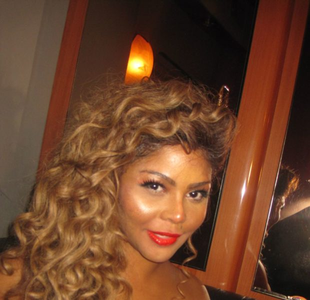[Confirmed] Lil Kim's VH1 'Behind the Music' Episode in the Works