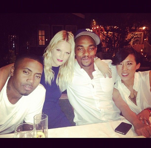 [Photos] Nas Dines With Jessica Alba, Nicole Richie & Friends