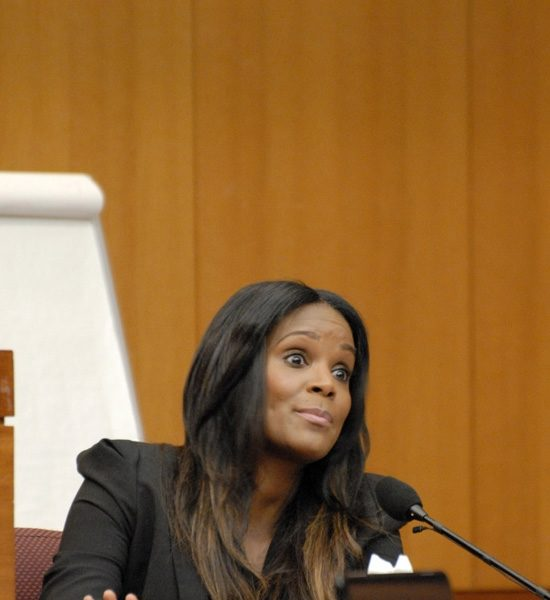 Usher Raymond & Tameka Foster Continue Custody Court Battle