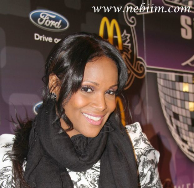 Judge Orders Usher To Return Tameka Raymond's Saks Fifth Ave Card