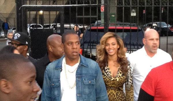 Jay-Z Wears Two Chains, Beyonce Wears Leopard to LA Marina