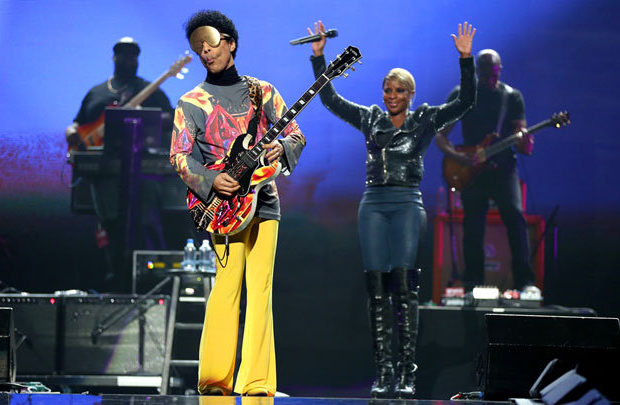[Video] Mary J. Blige Brings Prince On Stage for iHeartRadio Performance