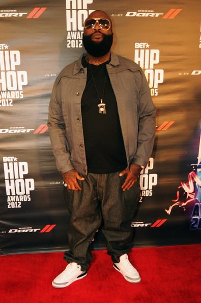 [Video] Alleged Fight Between Young Jeezy & Rick Ross @ BET Hip Hop Awards + Gunshots Fired in Parking Lot