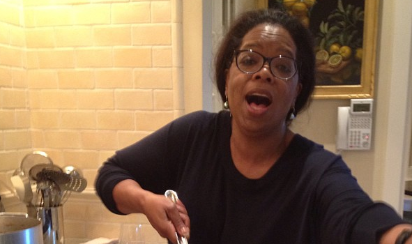 Rich People Can Cook Too: Oprah Winfrey Shows Off Her Culinary Thanksgiving Skills