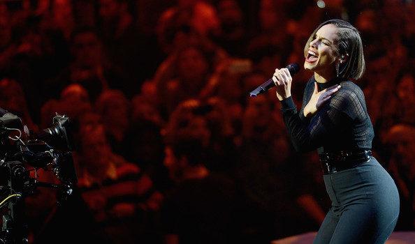 [Watch] Alicia Keys & Rita Ora's MTV EMA Performances