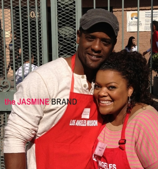 Blaire Underwood, Evelyn Lozada, Tatyana Ali & Celebs Feed Homeless for Thanksgiving
