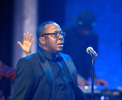Did Bobby Brown Disrespect Whitney Houston At Las Vegas Club?
