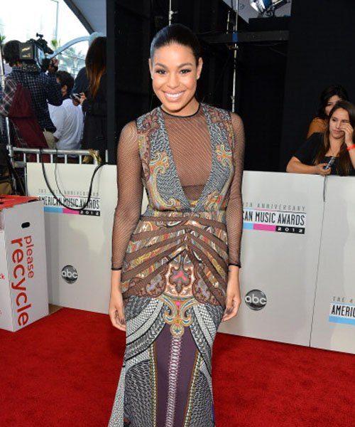 Red Carpet Carpet Photos x 'American Music Awards' feat. Kerry Washington, Nicki Minaj, Kelly Rowland