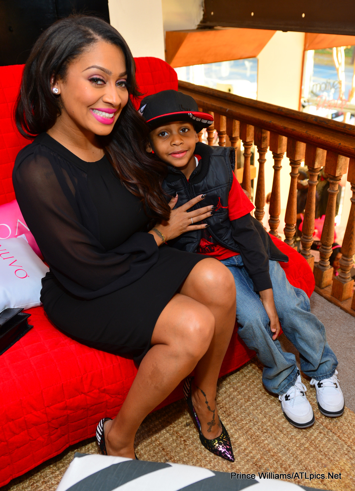 (Photos) Lala Anthony Pops Up With Motives Cosmetic Line ...