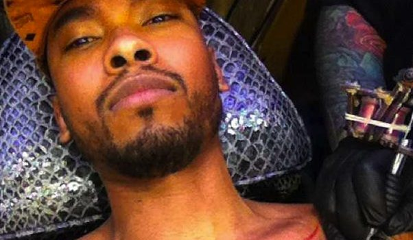 Miguel Gets Chest Ink, Beyonce Poses In the Studio + Kanye's Curb Check