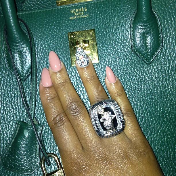 Lebron James Wedding Ring Hd Image