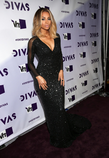 Kelly Rowland, Ciara, Keri Hilson Hit 'VH1 Divas' Red Carpet