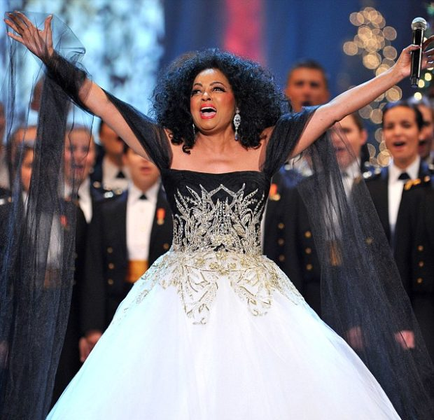 Diana Ross, Gangnam Style's PSY Perform for Obama's Annual Holiday Concert