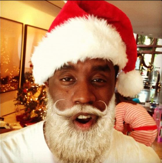 [Photos] Diddy Plays Black Santa + Celebs Spoil Their Kiddies for Christmas