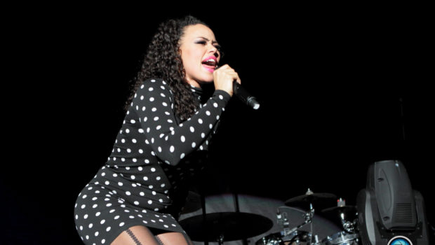 [Photos] Elle Varner Performs in DC, Celebrates Grammy Nomination With Private Dinner