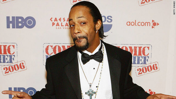 [Video] Katt Williams Hits Man Upside His Head With Microphone for Bootlegging