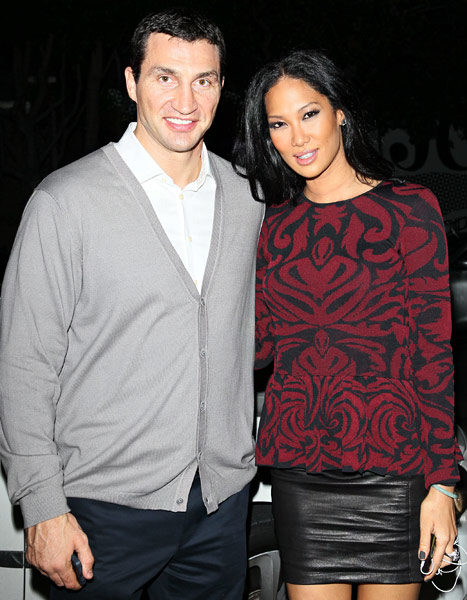 Cup Cakin' or Just Friends : Kimora Lee Simmons Spotted Out With New Man