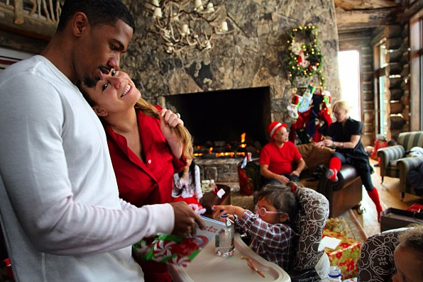 Mariah Carey & Nick Cannon Have Festive Christmas With Sleds, Two Santas & Gifts Galore