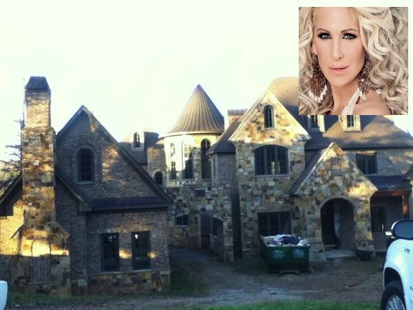 Reality Stars Kim Zolciak & Sheree Whitfield Show Off Their New Homes