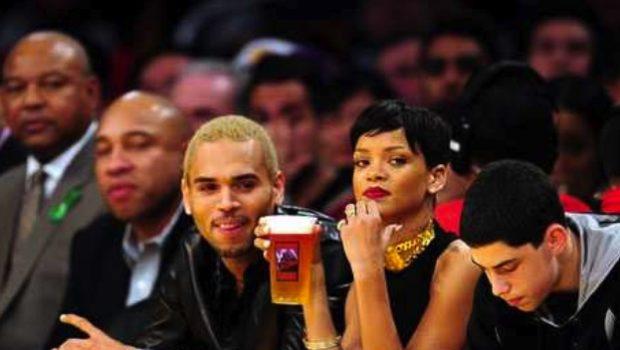 Chris Brown & Rihanna Trip-A-Referee, Christmas Day @ Knicks Game