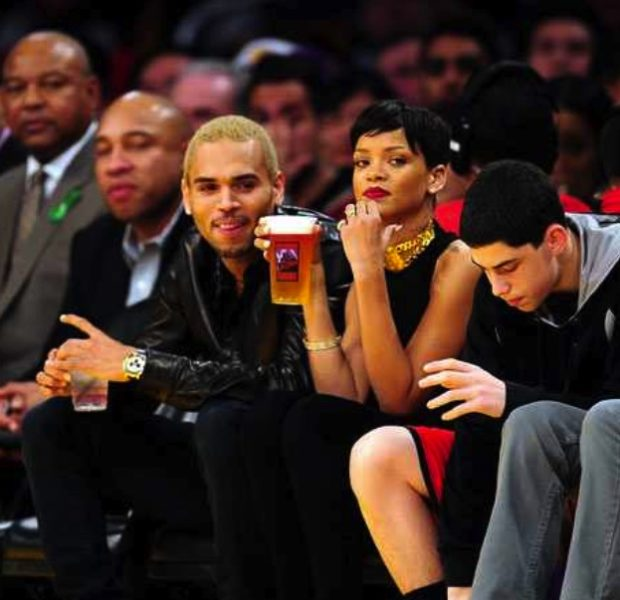 Chris Brown & Rihanna Trip-A-Referee, Christmas Day @ Knicks Game